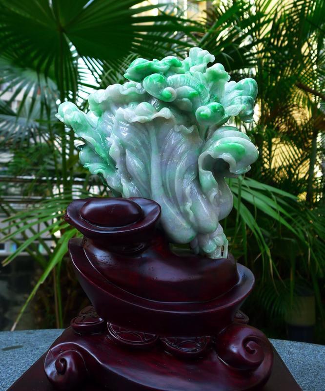 飘绿大件白菜摆件缅甸天然翡翠A货 飘花 阳绿 八方来财 财源广进 升官发财 白菜摆件 雕刻精美线条流
