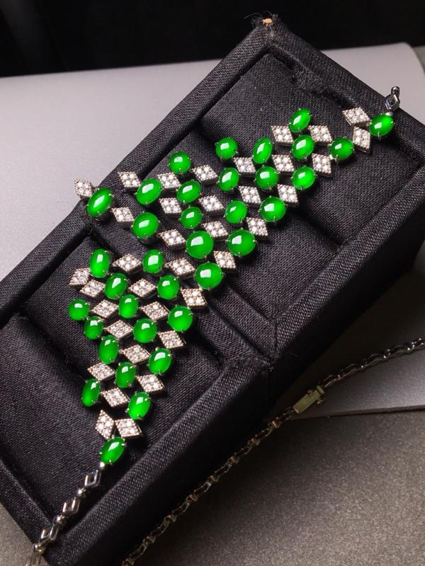 【高的冰阳绿晚妆链。完美。水头足。重金打造裸石尺寸5/3、4.4/3.8/3】图3