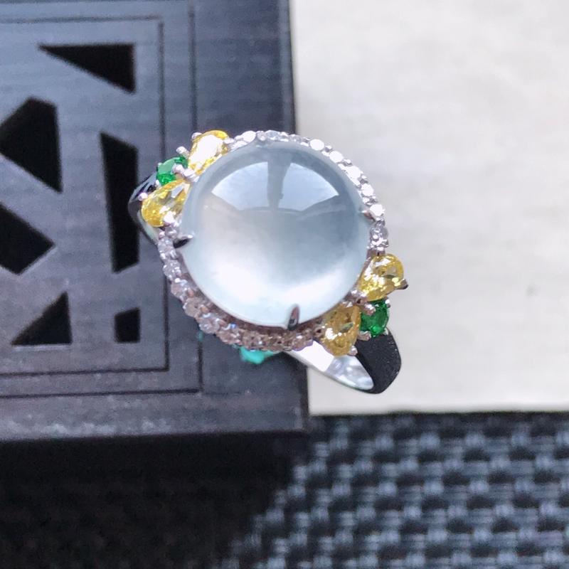 天然翡翠A货18K金镶嵌伴钻冰糯种白冰精美蛋面戒指,内径尺寸18.4mm,裸石尺寸9.7-3.7mm