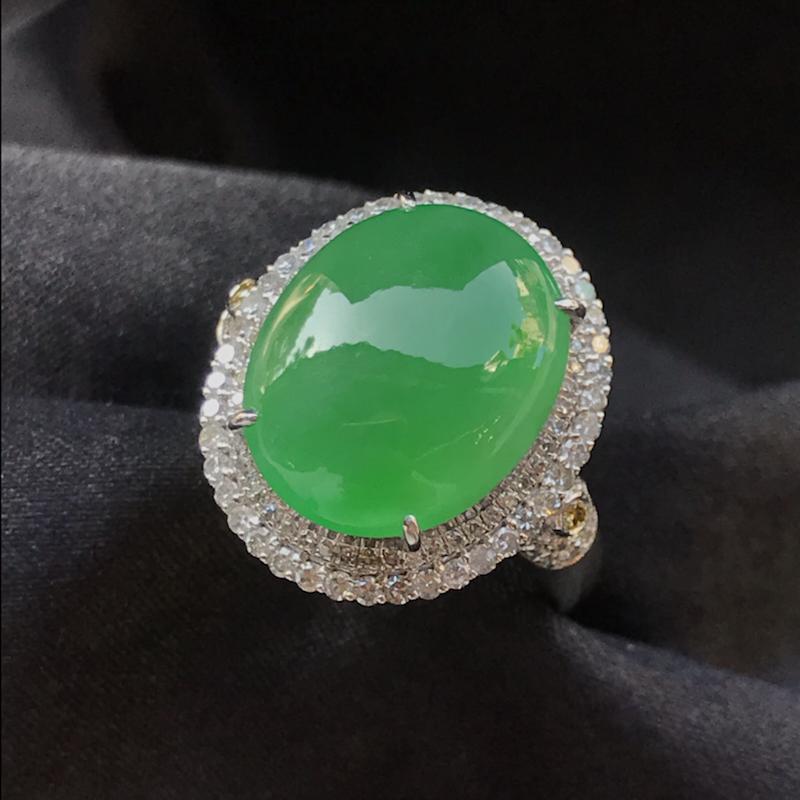 【原价3.6万元】*天然翡翠A货,满绿戒指,料子细腻,色泽鲜艳,冰透水润,豪华镶嵌,18K金伴钻镶嵌