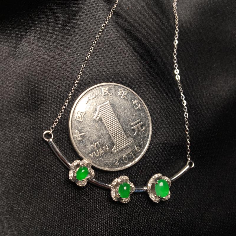 天然翡翠A货,满绿锁骨链,料子细腻,冰透水润,色泽鲜艳,款式精美,性价比高