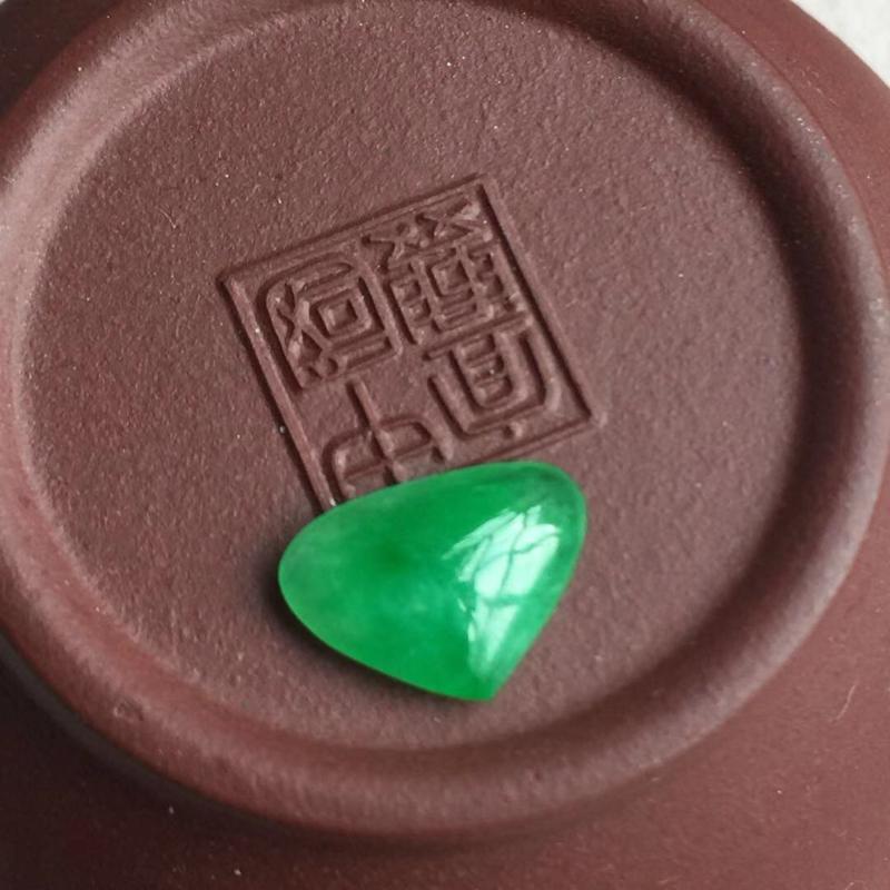 缅甸翡翠A货,心心❤️❤️相印的戒面,可以镶嵌的,戒指,吊坠都可以,喜欢的赶紧