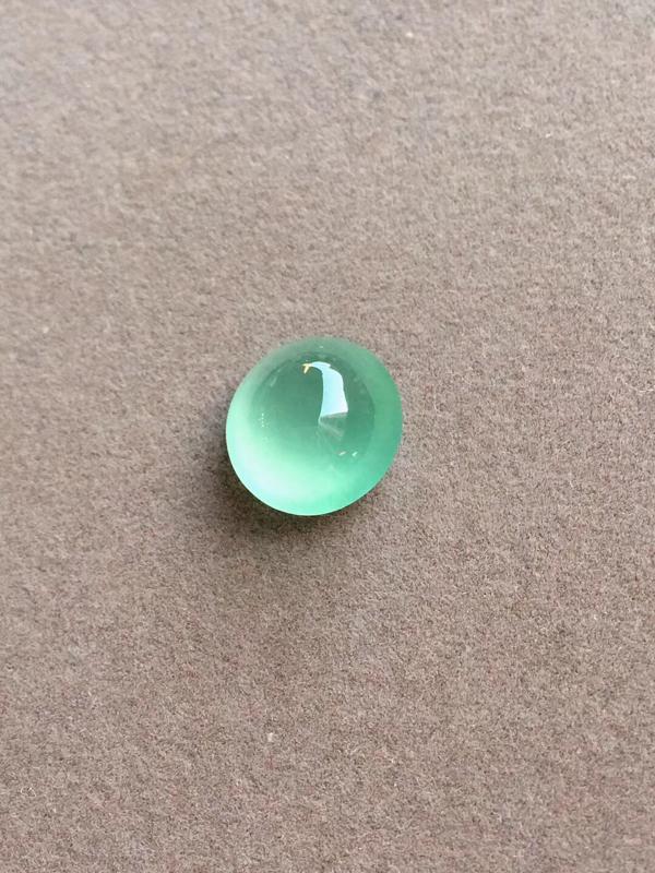 晴底,冰戒面,完美,底色漂亮,种老起光,刚劲十足,尺寸:11.2/10.8/6.8mm