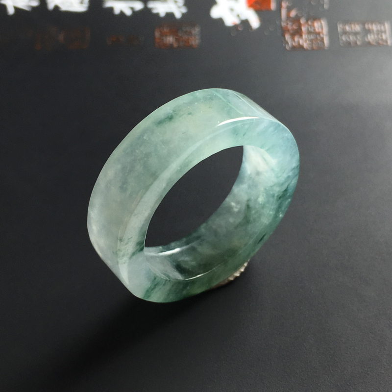 【冰种飘花指圈 内径17.5 宽6.5 厚3毫米 水润通透 飘花灵动】图4