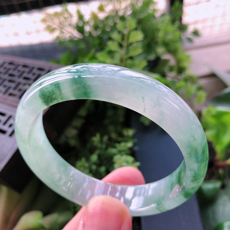 【飘绿花精美正装翡翠手镯,圈口55.8*13*7.3mm】图6