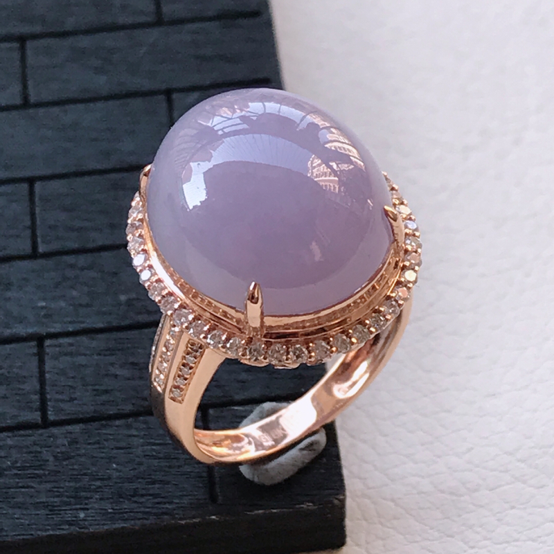翡翠A货18K金镶嵌紫罗兰蛋面戒指,玉质细腻,底色漂亮,上身高贵,内径16.7/20/13.1mm裸