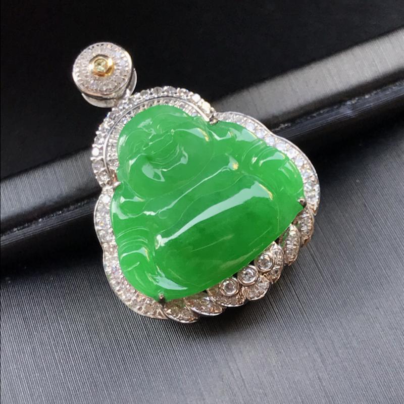 天然翡翠A货,18K金伴钻镶嵌,满绿弥勒佛吊坠,色泽鲜艳,料子细腻,冰透水润,款式精美,性价比高