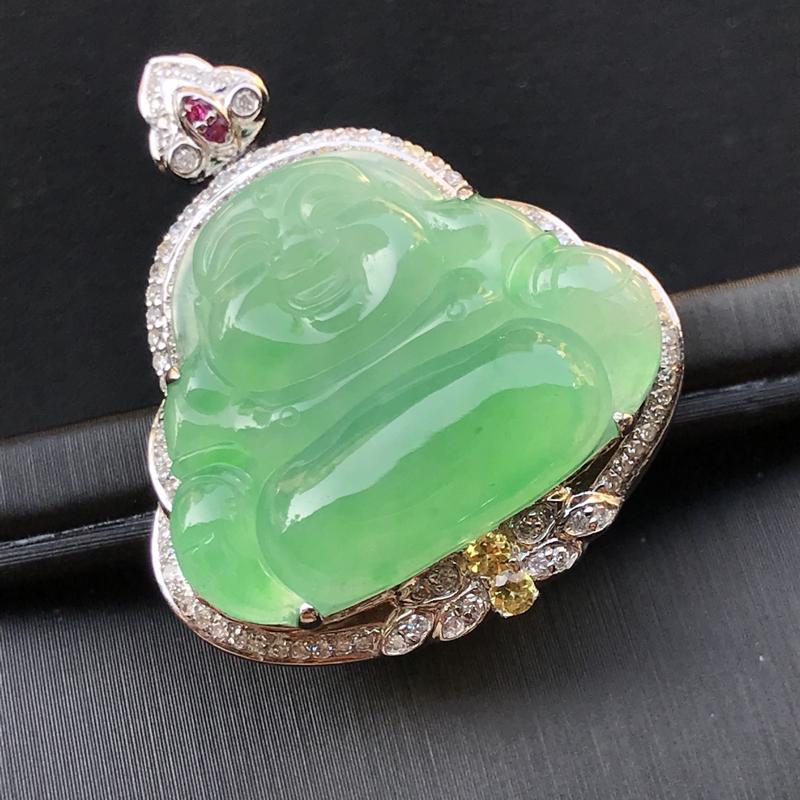 天然翡翠A货,18K金伴钻镶嵌,阳绿弥勒佛吊坠,色泽鲜艳,料子细腻,冰透水润,款式精美,性价比高