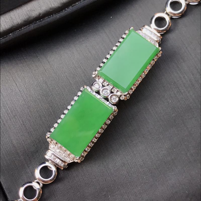 天然翡翠A货,18K金伴钻镶嵌,满绿手链,色泽鲜艳,料子细腻,冰透水润,款式精美,性价比高