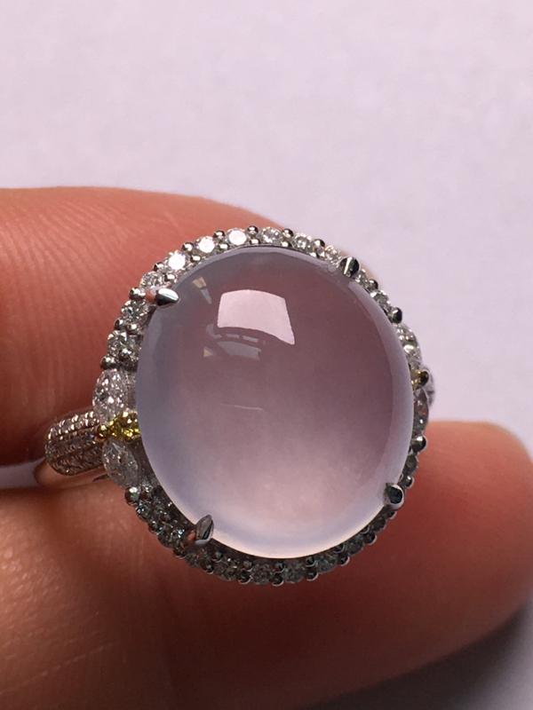翡翠A货,高冰蛋面戒指,18K金伴钻镶嵌,完美,种水超好,性价比高。