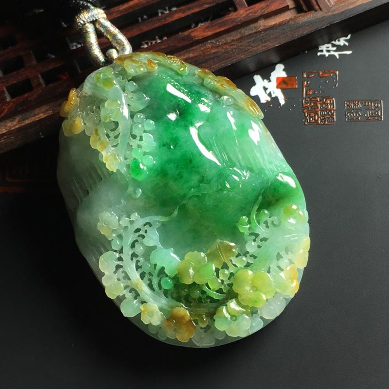 糯种黄加绿鸟语花香吊坠 尺寸56-42-13毫米 色彩鲜艳 雕工精湛##**