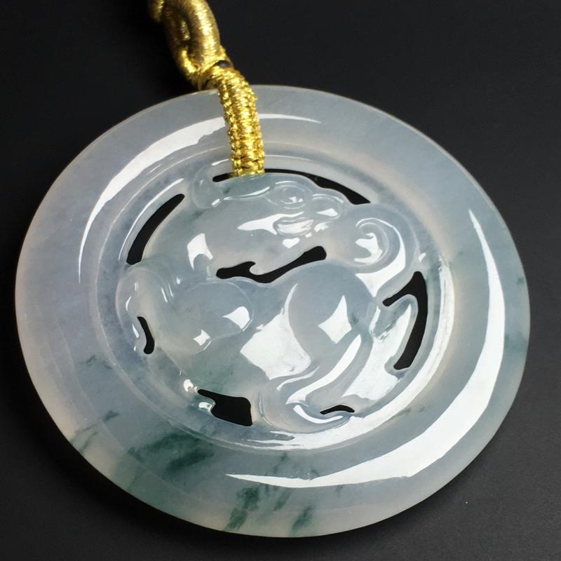 【飘花麒麟】冰透水润  飘花灵动  雕工精湛  款式精美  尺寸56-6毫米