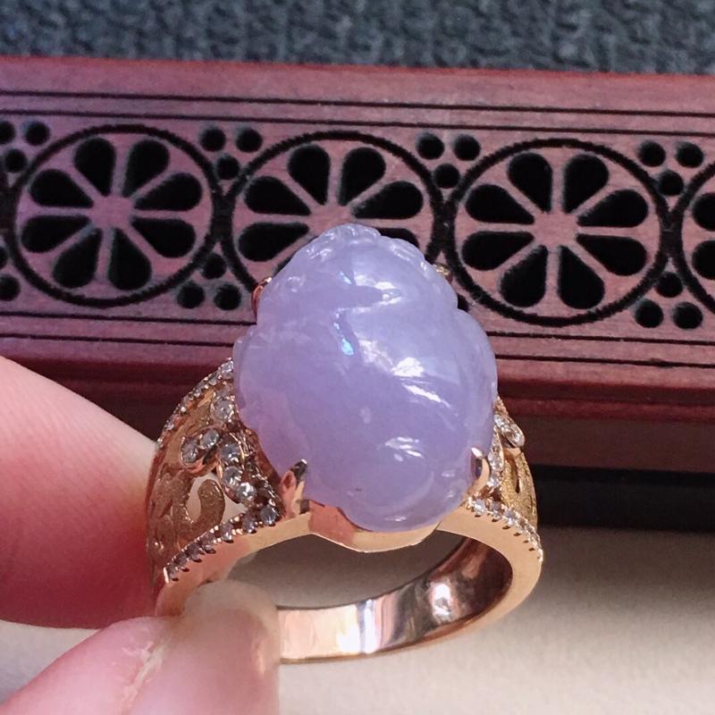 缅甸翡翠17圈口18k金伴钻镶嵌紫罗兰貔貅戒指,自然光实拍,颜色漂亮,玉质莹润,佩戴佳品,内径:17