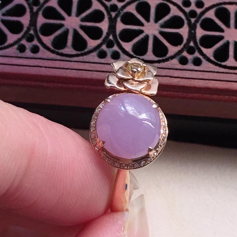 缅甸翡翠17圈口18k金伴钻镶嵌紫罗兰蛋面戒指,自然光实拍,颜色漂亮,玉质莹润,佩戴佳品,内径:17