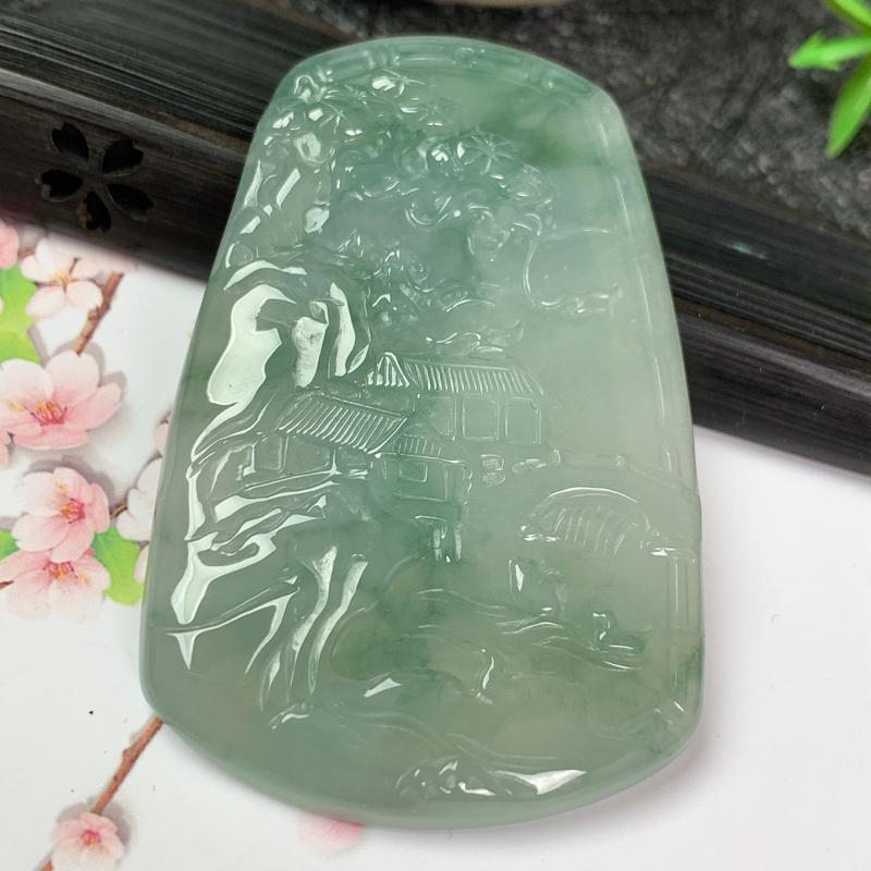 缅甸a货翡翠,飘绿山水牌挂件,玉质细腻,颜色艳丽,雕工精细,有种有色,佩戴效果更佳