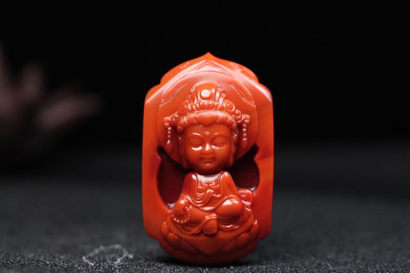 【宝宝佛】柿子红过渡玫瑰红镂空立体雕刻宝宝佛,可爱又不失庄重,开脸立体饱满,线条流畅,肉质细腻油润瓷