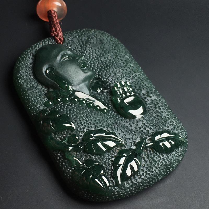 【墨翠罗汉】打灯透绿  玉质细腻  雕工精湛  尺寸55-38-8毫米