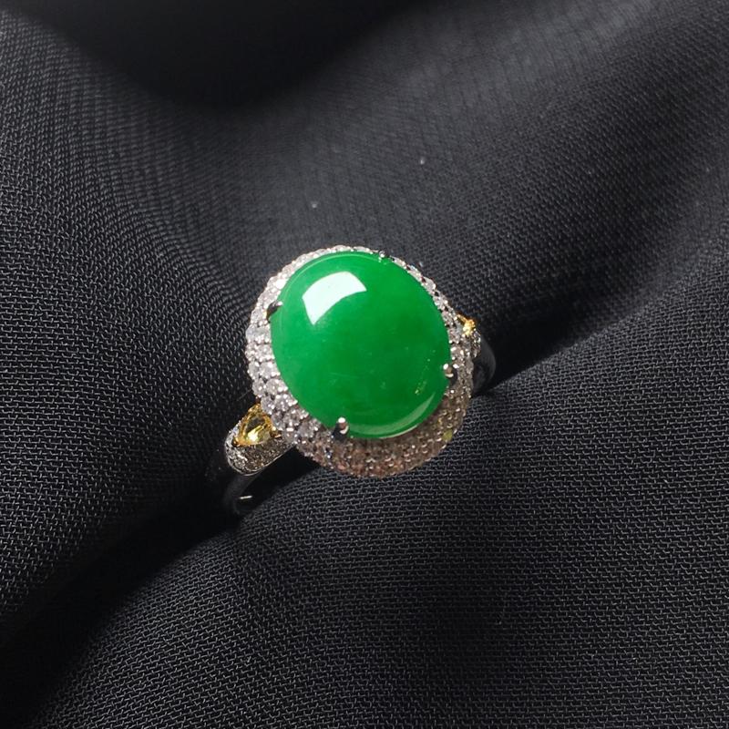 翡翠a货,满绿蛋面戒指,18k金镶嵌,种水一流,佩戴精