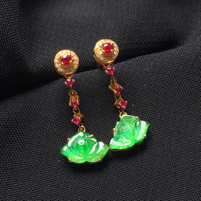 翡翠a货,满绿莲花耳钉,18k金镶嵌,种水一流,佩戴精