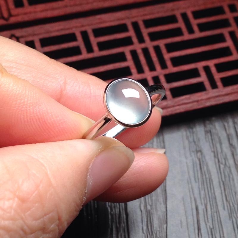 白冰起光戒指,裸石10*8.5*5.5 戒圈13 老种,通透无比,清澈见底,起光起胶,简约清爽