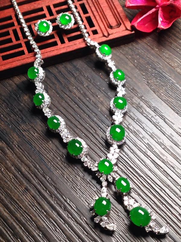 老坑满绿锁骨链耳钉套装,耳钉裸石尺寸5.5*5.5*3.5
