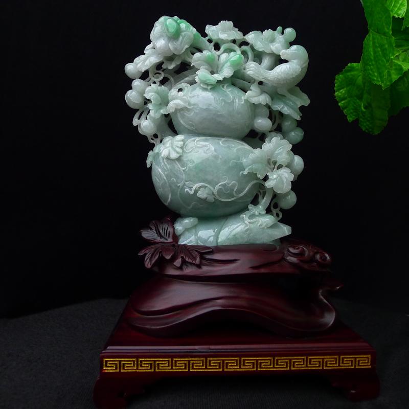 翡翠老坑水润精雕飘绿大葫芦摆件,饱满缕空立体雕刻,福禄双全,玉石尺寸220*170*48mm 连底座