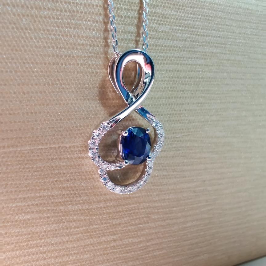 【【吊坠】18k金+蓝宝石+钻石 宝石颜色纯正深邃 高贵典雅 尺寸:5*4mm  重量:1.73g  主石:0.51ct##**】图2