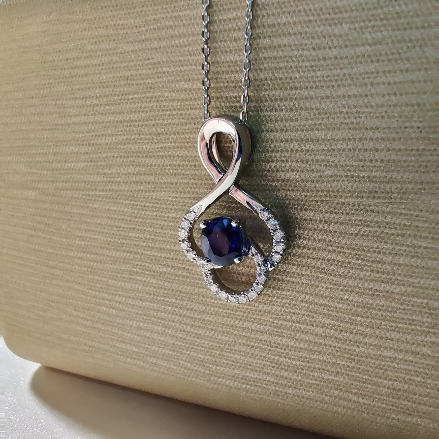 【【吊坠】18k金+蓝宝石+钻石 宝石颜色纯正深邃 高贵典雅 尺寸:5*4mm  重量:1.73g  主石:0.51ct##**】图3