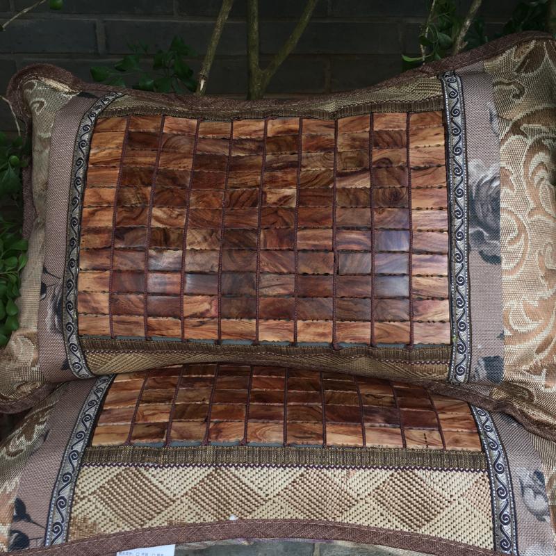 【物美价廉】*海南黄花梨养生枕头一对,里面是刨花做的,水波纹,纹理清晰自然,油性足,材质细腻,有降血