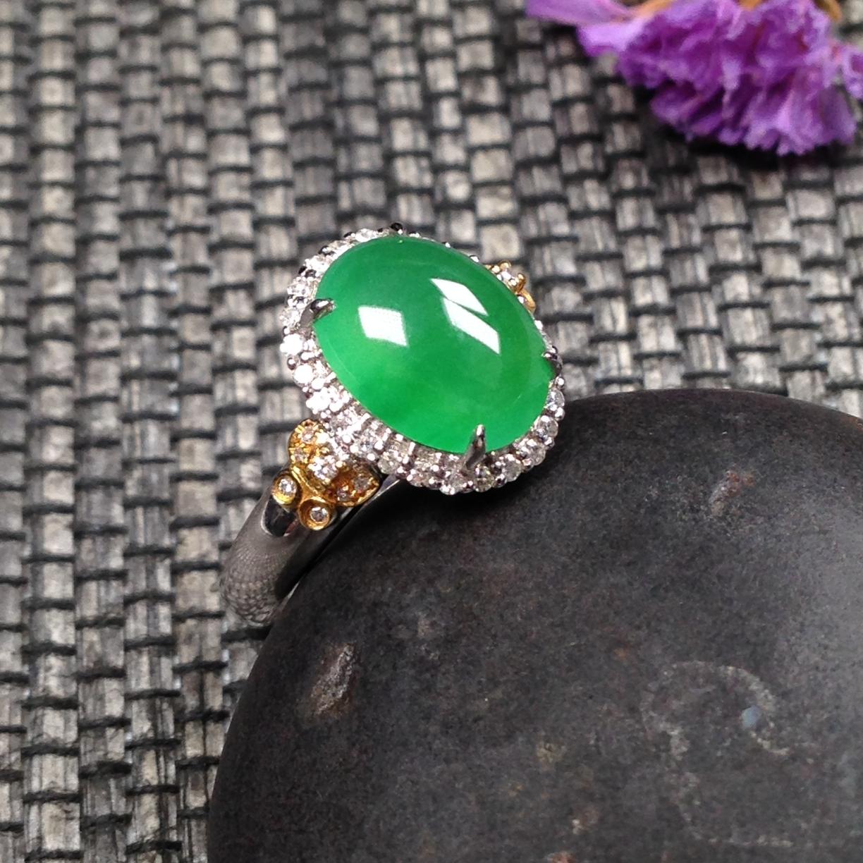【原价1.4万元】*冰种阳绿色戒指 裸石尺寸:10.3*8*3.3mm内径尺寸:16.8mm圈口:1