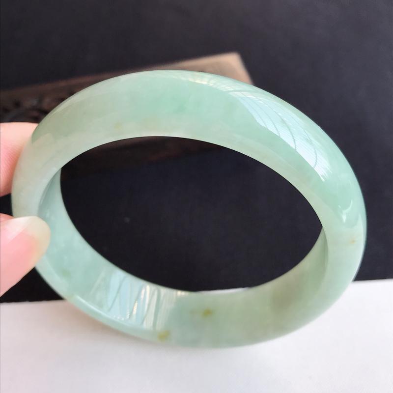 圈口56mm天然翡翠A货老坑糯种淡绿正圈手镯,圈口:56.6×14.7×7.3mm,料子细腻,水头好
