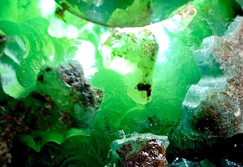 #矿区直销  一手货源# 【名称】1.79公斤老会卡场口开窗种水料。 【重量】 1.79公斤【尺寸