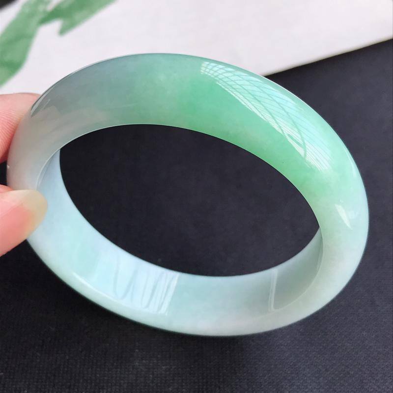圈口57mm天然翡翠A货老坑细糯种飘绿正圈手镯,圈口:57.4×15.1×8.5mm,料子细腻,水头