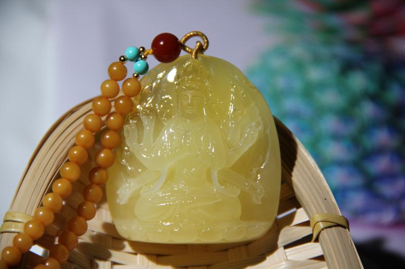纯天然原矿精品柠檬黄【千手观音】蜜蜡挂件