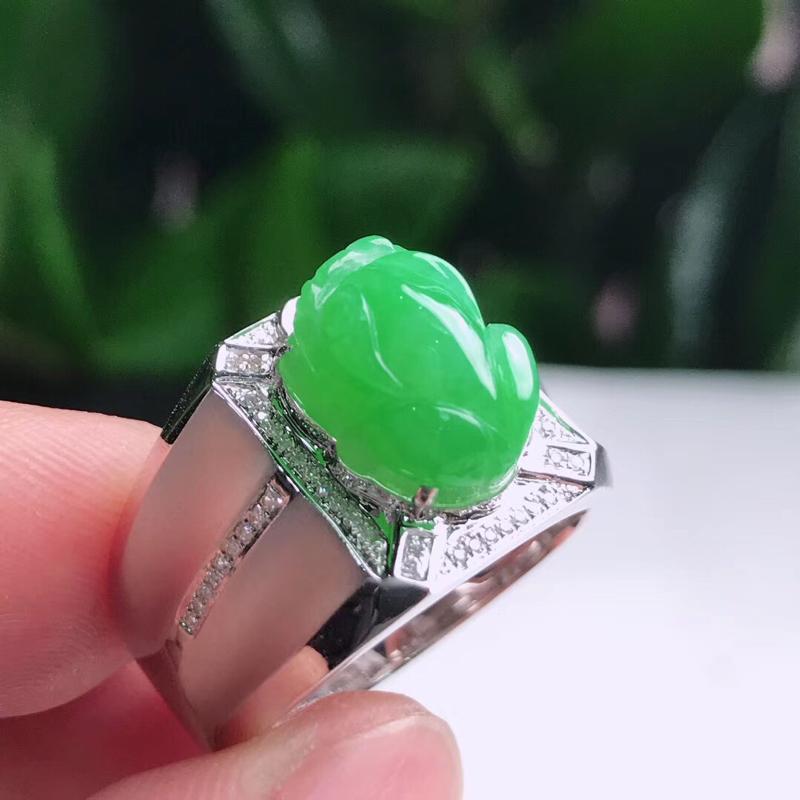 天然A货翡翠18K豪镶伴钻满绿招财貔貅男士戒指,尺寸20.3-11.6-9-5.6mm.重量7.18
