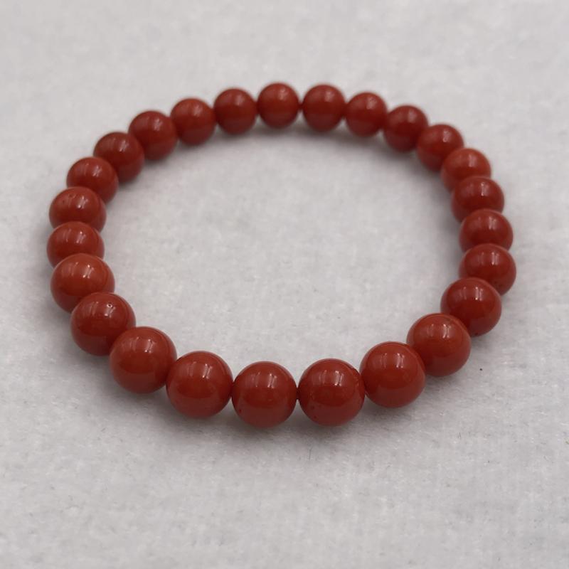 【8mm红珊瑚弹力手串】深红色,珠子直径为7.8-7.3mm左右,共25粒!重14.83克。纯天然,