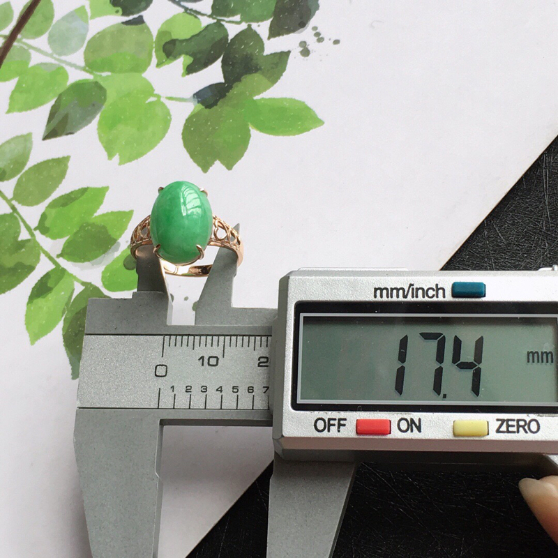 【满绿18k金伴钻福气戒指,天然翡翠A货,配证书[玫瑰]包金厚度7.6mm】图6