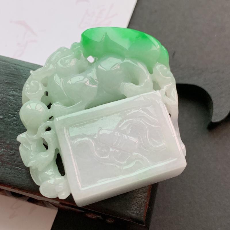 缅甸a货翡翠_水润飘绿貔貅印章,玉质细腻,雕工精细,有种有色,寓意佳,雕工精细独特