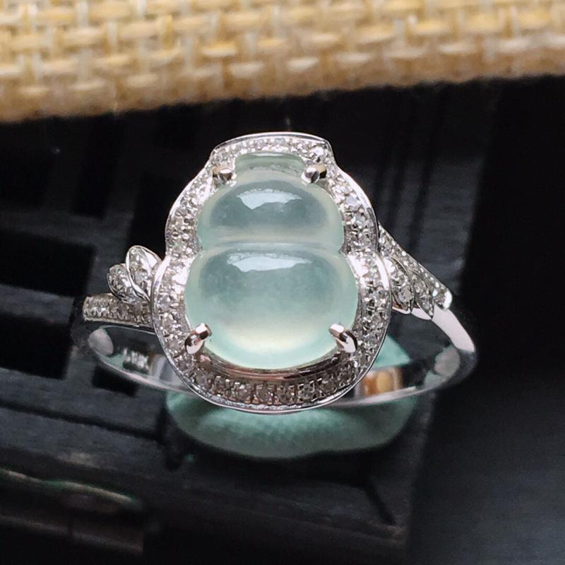 18k金镶嵌围钻冰种起光葫芦戒指,