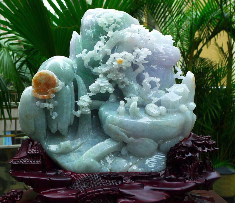 大件山水摆件 缅甸天然翡翠A货 精美三彩 黄加绿 山水摆件 高山流水 紫气东来 雕刻精美线条流畅 种