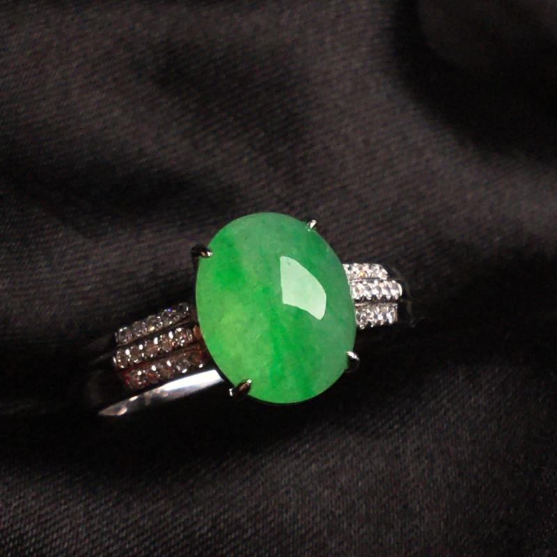 【天然翡翠A货,18k金镶嵌钻石,满绿戒指,料子细腻,冰透水润,色泽鲜艳,豪华镶嵌,款式精美,性价比超高,##**】图3