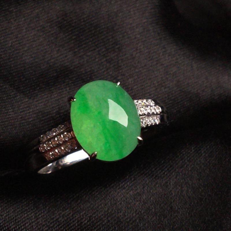 【天然翡翠A货,18k金镶嵌钻石,满绿戒指,料子细腻,冰透水润,色泽鲜艳,豪华镶嵌,款式精美,性价比超高,##**】图4