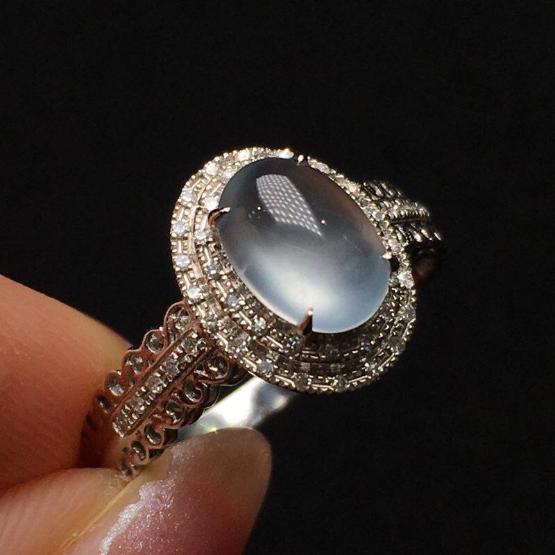 玻璃种蛋面戒指 老种料 冰透起荧光 冰润细腻 饱满圆润 18k金钻镶嵌 圈口14 整体11.3*9.