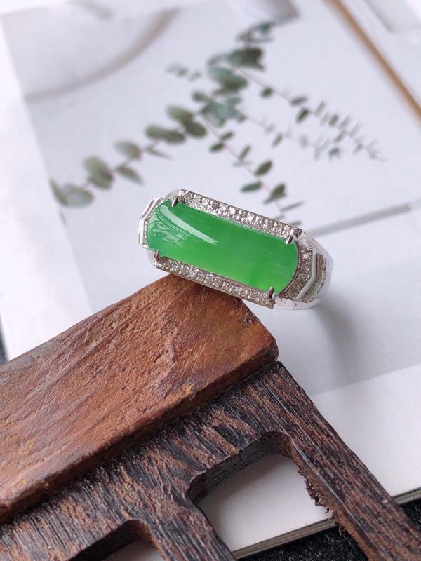 【镶嵌18k寄了伴钻完美戒指天然翡翠A货,尺寸:13-5.5-3内径17mm】图4