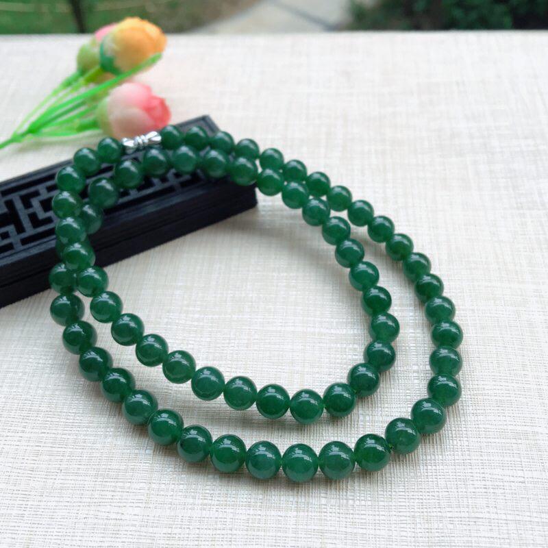 天然A货翡翠【自然光拍摄】莹润满绿塔珠圆珠项链,满绿均匀,料子细腻,珠圆玉润,佩戴效果高贵大气上档次