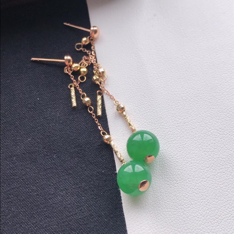 【天然翡翠A货18K金镶嵌伴钻糯化种浅绿耳坠,裸石尺寸8.2mm,玉质细腻,种水好 底色漂亮,上身效果漂亮】图3
