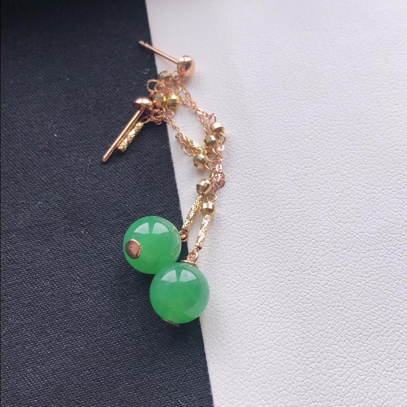 【天然翡翠A货18K金镶嵌伴钻糯化种浅绿耳坠,裸石尺寸8.2mm,玉质细腻,种水好 底色漂亮,上身效果漂亮】图4