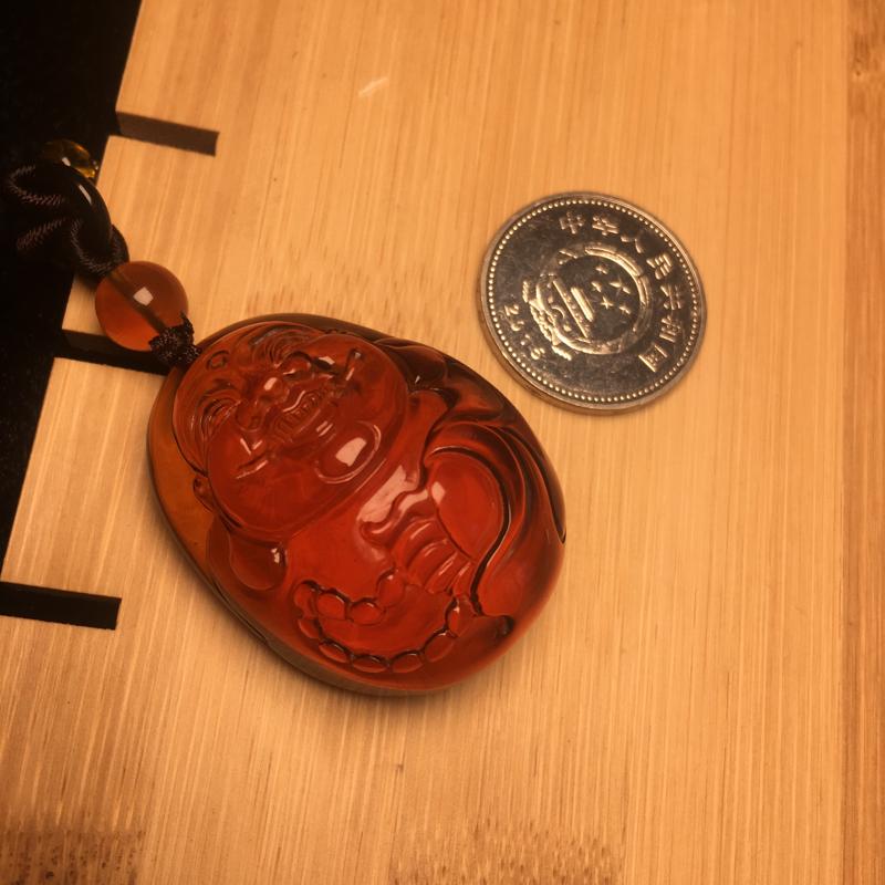 天然缅甸琥珀,血红茶玻璃底佛坠,完美品。收藏佩戴佳品。