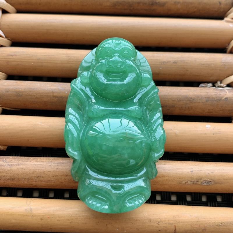 天然A货翡翠满绿佛公吊坠、料子细腻、颜色饱满、无纹裂