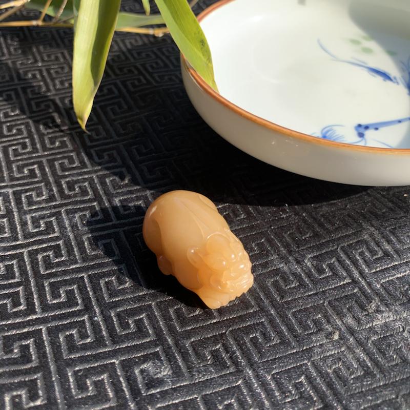 【貔貅】和田玉糖料挂件,精雕瑞兽貔貅,招财进宝,辟邪纳福!